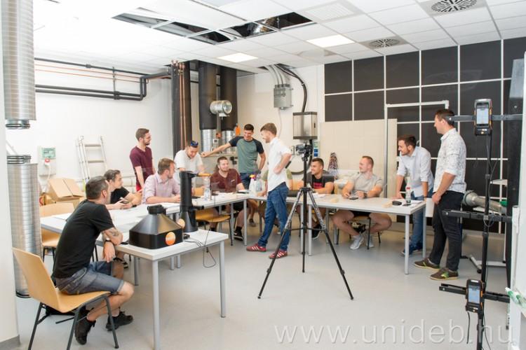 Debreceni tanárok, oktatók tanácskoznak a műszaki tudományokról