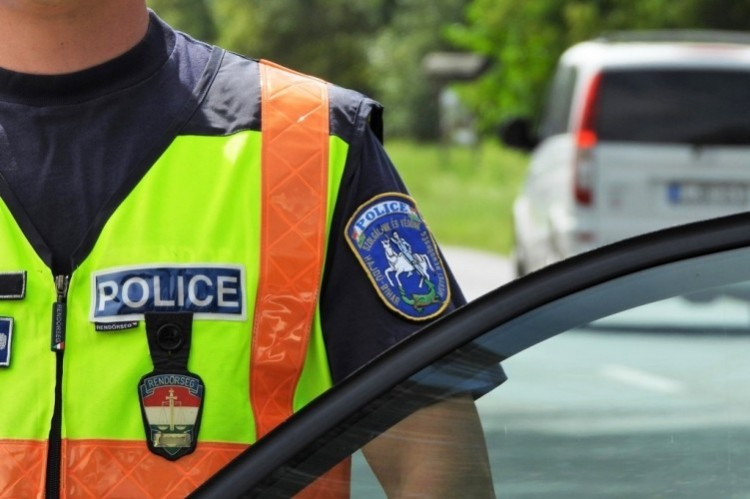 Berettyóújfaluban okozott balesetet a jogsi nélküli vezető férfi