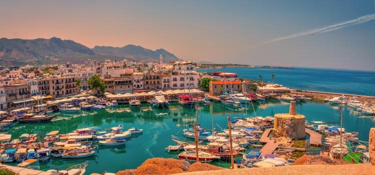 Karanténkötelezettség nélkül utazhatnak a beoltott magyarok Ciprusra is