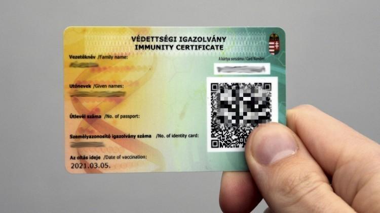 Már 13 ország elfogadja a magyar védettségi igazolványt