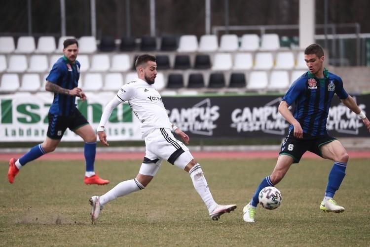 Debrecenben marad az NB I-es tapasztalattal is rendelkező futballista