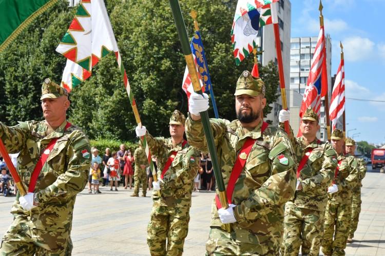"""A magyar """"idegenlégiót"""" ünnepelték a debreceni belvárosban + Fotógaléria!"""