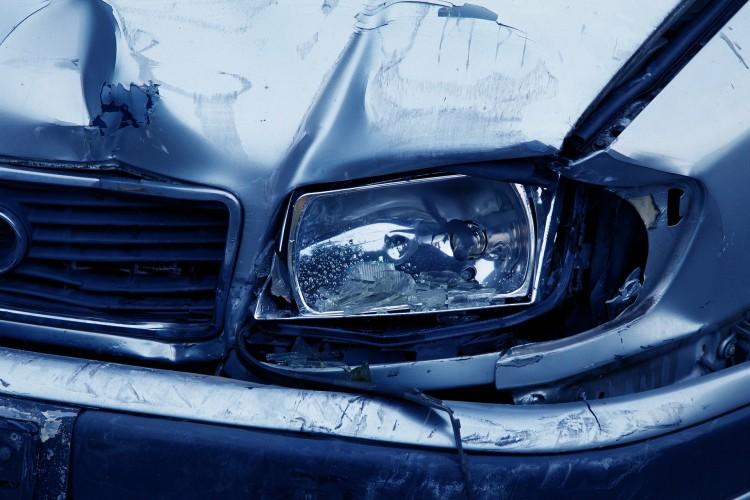 Lesodródott az útról egy autó Hajdúsámsonban