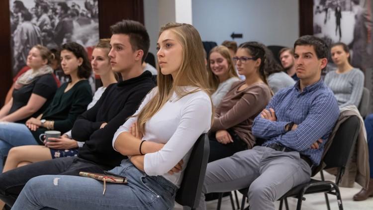 Ingyenes IT-kurzus indul nőknek | Marie Claire