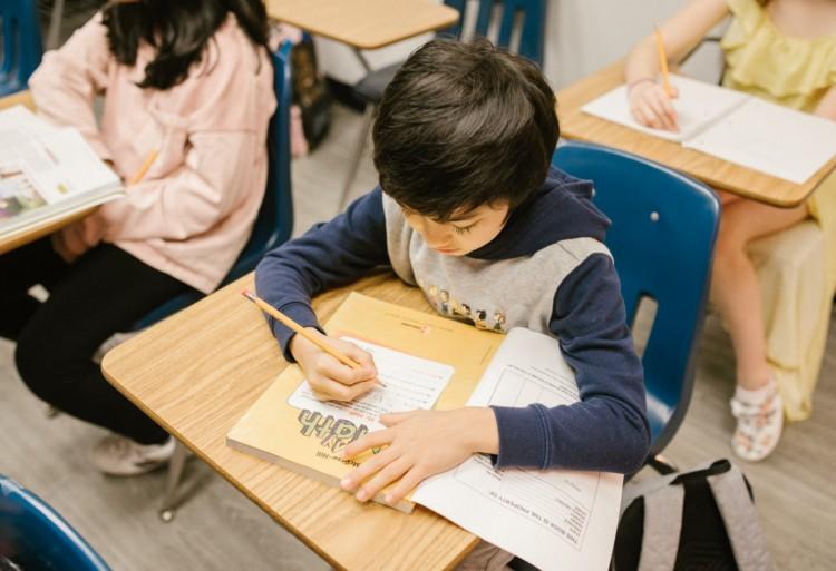 Államtitkár: jelenléti oktatással indul az új tanév