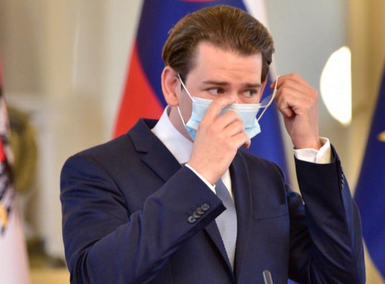 Emelkedő fertőzésszám mellett enyhítenek az osztrákok