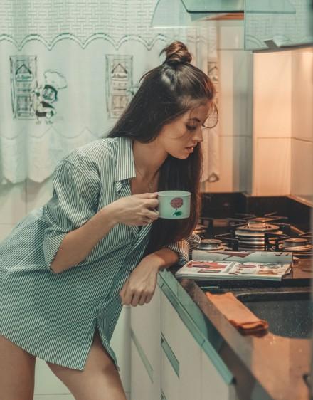 Nem ártana vizet inni a kávé mellé, különben...