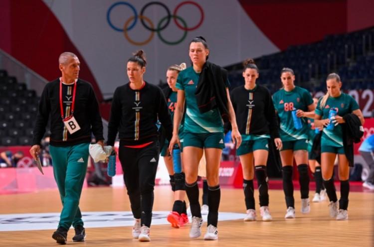 Továbbra is verik Tokióban a magyar női kézilabda-válogatottat