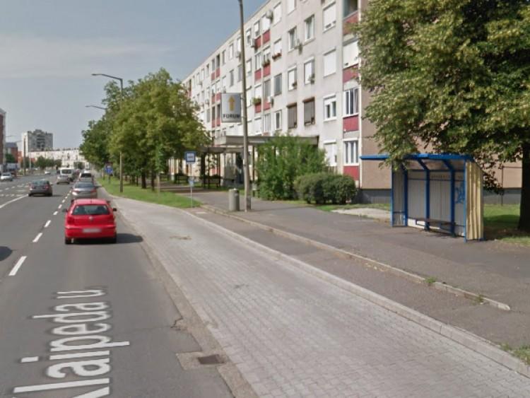 Nem áll meg a busz ebben a Klaipeda utcai megállóban