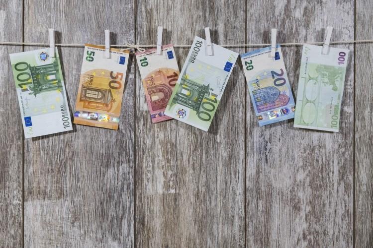 Megszólalt a jegybank az euró bevezetésének lehetőségéről