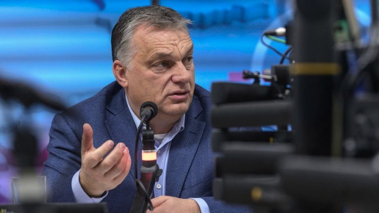 Orbán: az egészségügyi dolgozóknak kötelező lesz az oltás