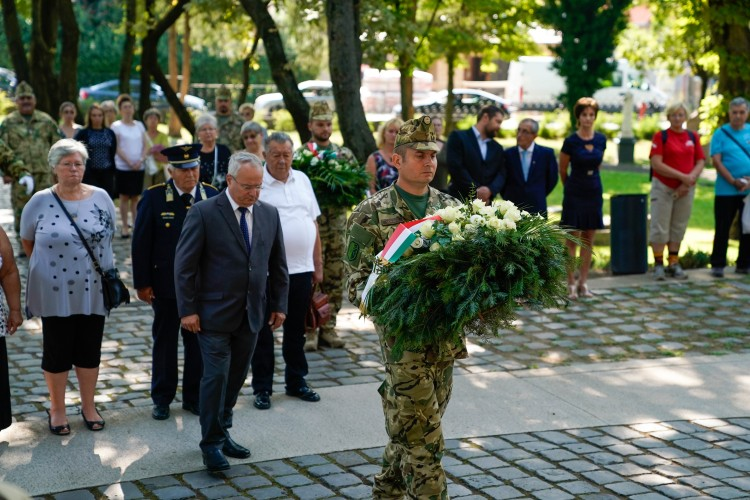 Hatszoros túlerőben rontottak rá az oroszok a magyarokra Debrecenben + KÉPGALÉRIA