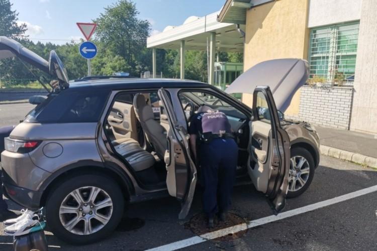 A luxusterepjáró megbukott a nyírábrányi ellenőrzésen