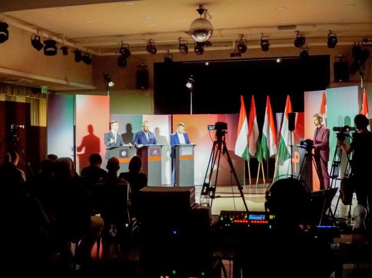 Előválasztási vita: a négynapos munkahét a debreceni ellenzékieket is megosztja