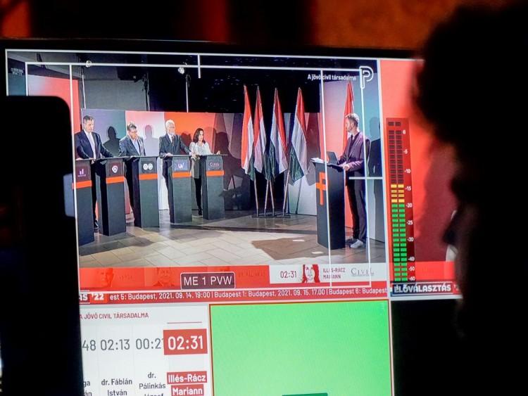 Kommentálta a Fidesz az előválasztás nehézségeit