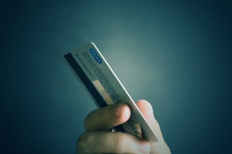 Méltánytalan a kormány lépése a Magyar Bankszövetség szerint