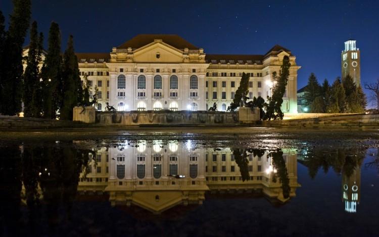 Több mint 250 milliárd forint 5 év alatt a Debreceni Egyetemnek