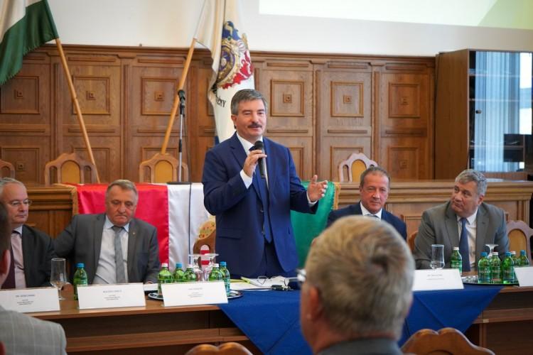 A tervezett fejlesztésekről indított egyeztetéssorozatot a megyei önkormányzat