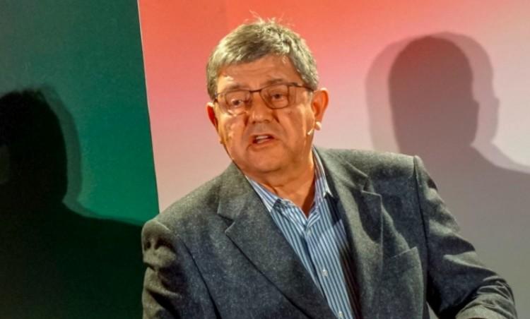 Az MSZP-Párbeszéd visszaléptette Fábián Istvánt, a Debreceni Egyetem professzorát