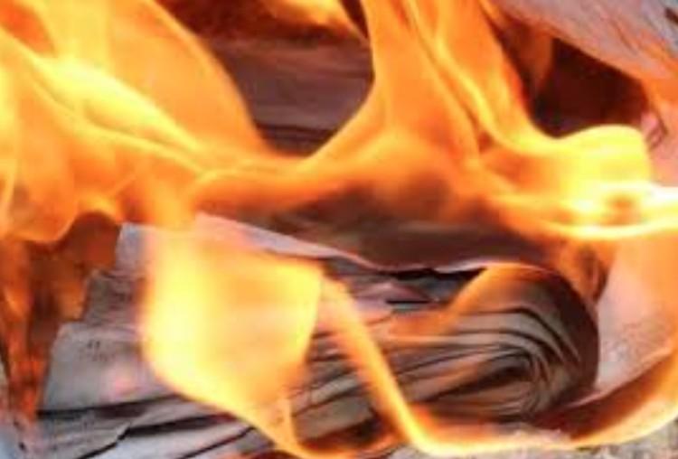 Tűz ütött ki egy Csemete utcai erkélyen