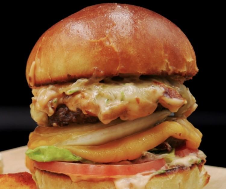 Megsütik az ország burgerét Debrecenben