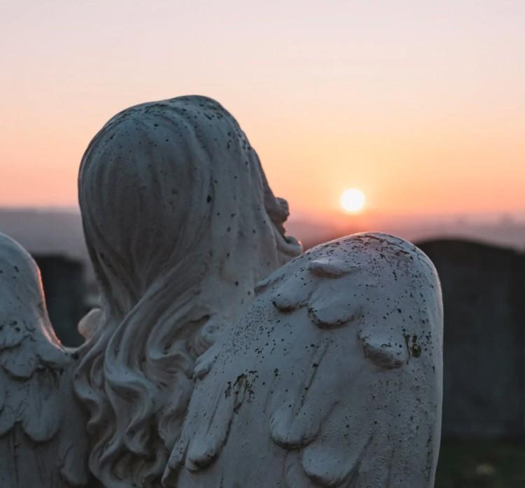 Temetésen kellett újraéleszteni a sírásót Szabolcs megyében