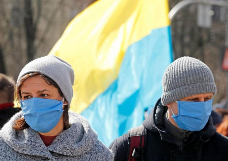 Rohamosan emelkedik a fertőzöttek száma Ukrajnában