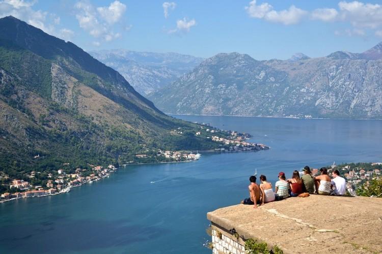 Montenegró újra szigorít
