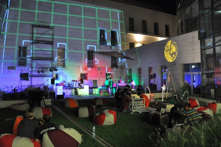 Összművészeti zajongás Debrecenben