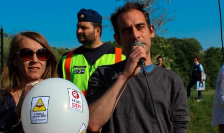 Ha most lennének a választások, a Magyar Kétfarkú Kutya Párt bejutna a parlamentbe