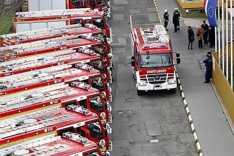 Három balesetnél is jártak szabolcsi tűzoltók