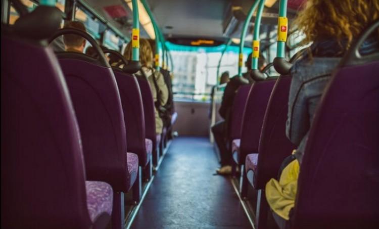 Buszsofőrrel erőszakoskodott egy 15 éves Balsán