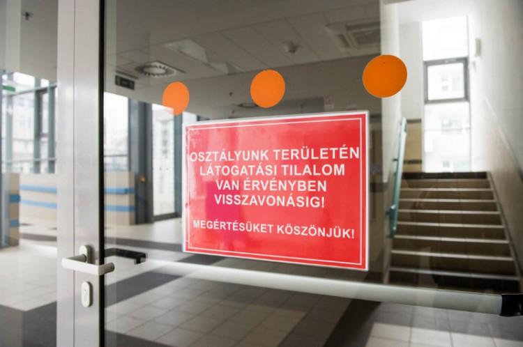Teljes látogatási tilalom Nyíregyházán