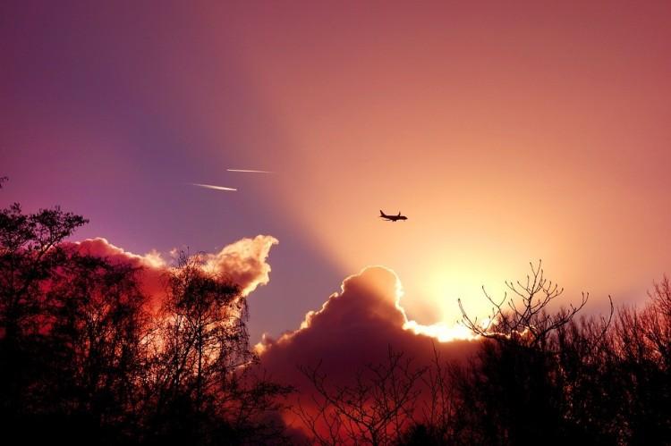 Lezuhant egy orosz utasszállító repülőgép! +videó