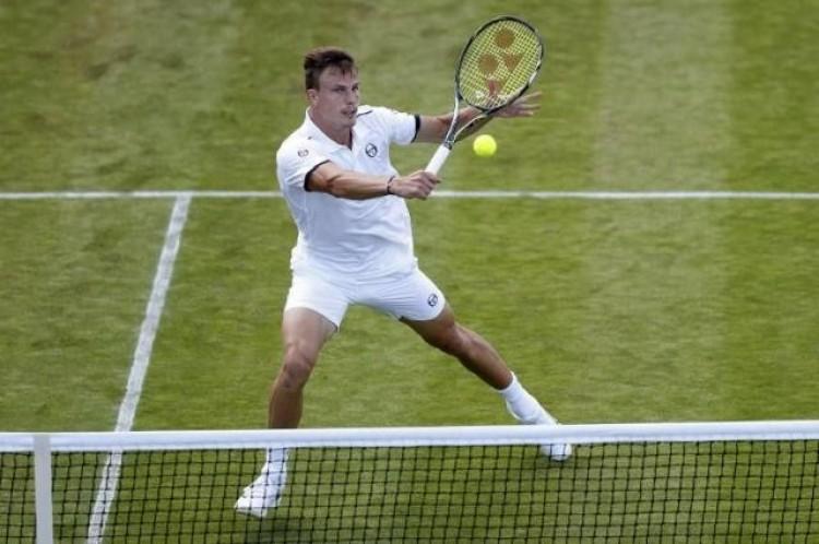 Tenisz. Kettőt lépett a tehetséges magyar