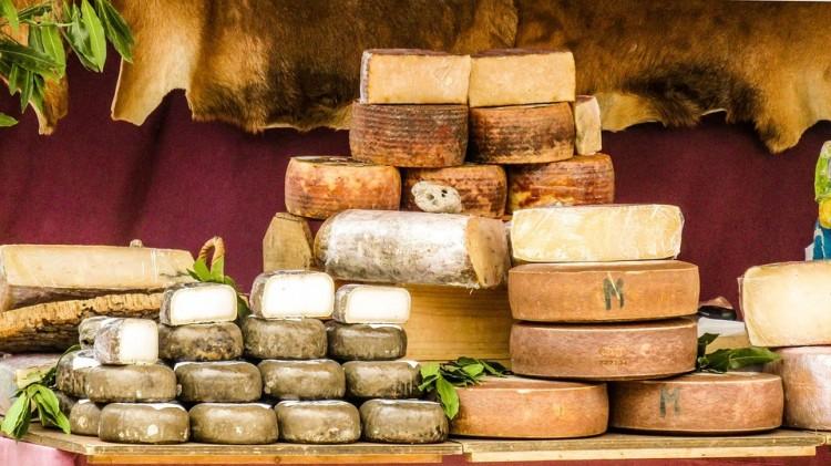 """Tessék? Hogy mit húzzunk a sajt """"fülébe""""?"""