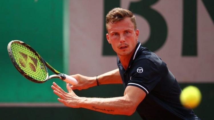 Fucsovics elbúcsúzott a metzi tenisztornától