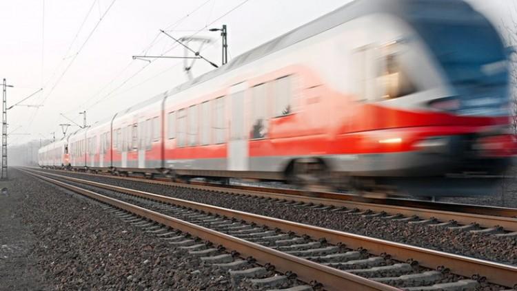 Vonattal ütközött egy autó Rakamazon