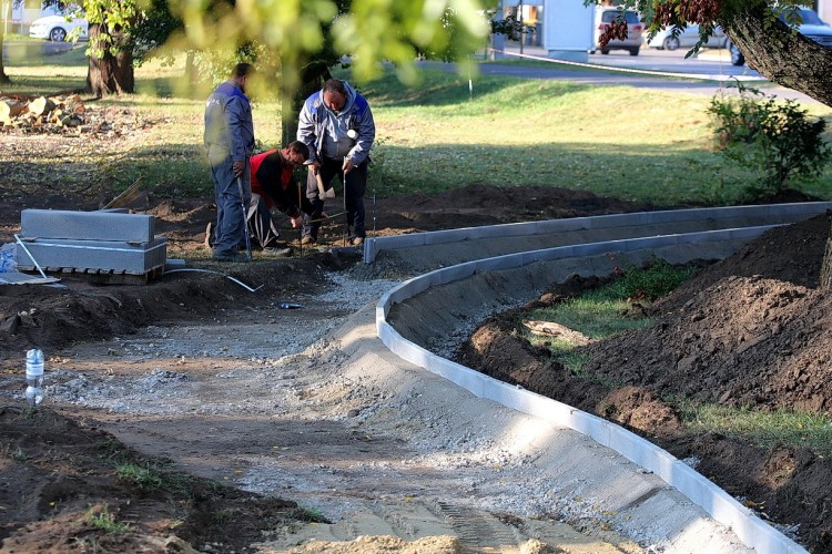 Folytatódnak az útfelújítások Nyíregyházán