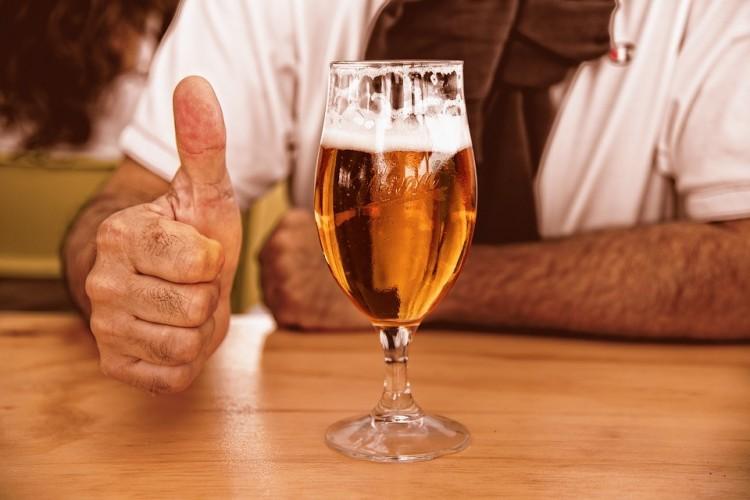 Borítékhoz sört is kaphat az orosz postán