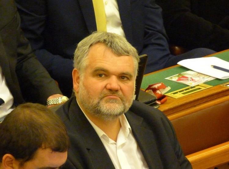 A Debreceni Egyetem volt hallgatója az új parlamenti képviselő