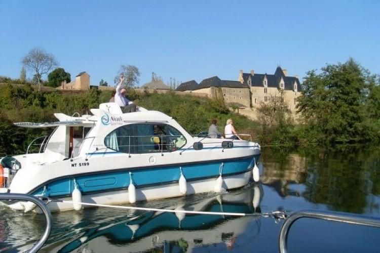 Kis csúszással épülhetnek az új zempléni hajókikötők