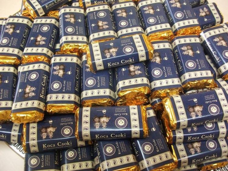 Koca Csoki, amit nem sertés…, bocs, sértés ajándékba kapni