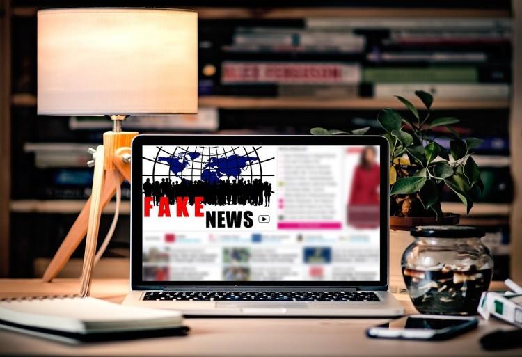 Fake news – az újságíróknak is elege van