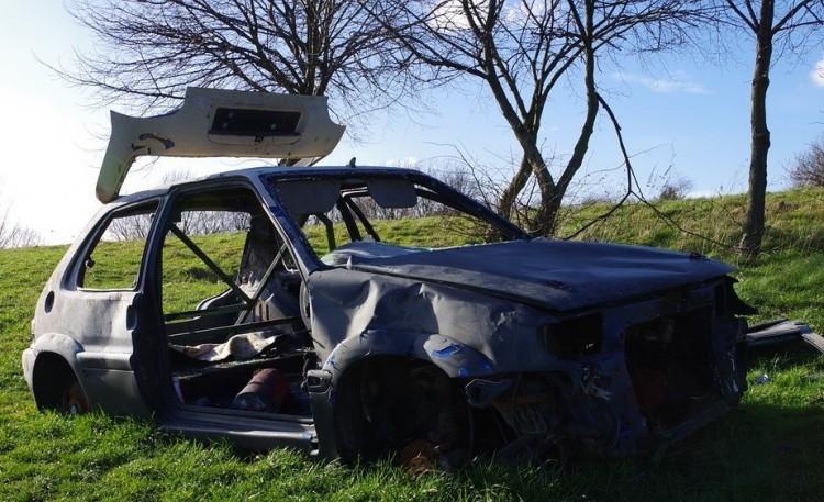 Kigyulladt az M3-as autópályán egy autó