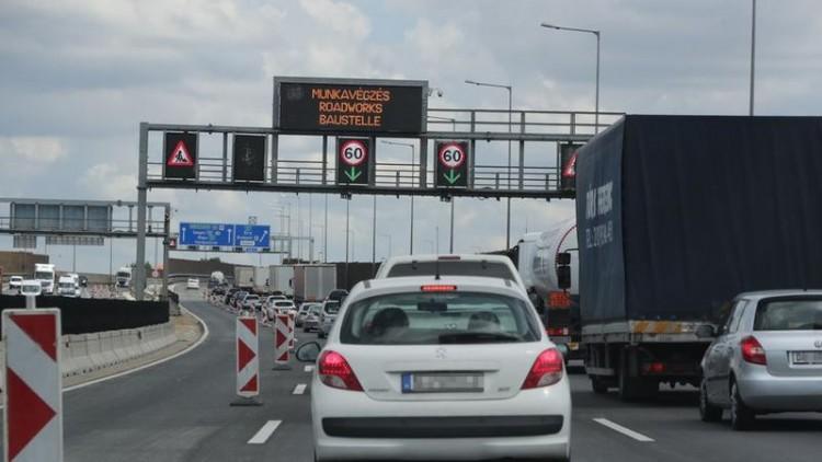 Torlódásra számíthatnak az M3-as autópályán