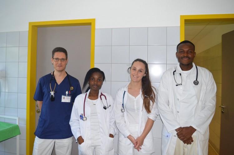 Nigériából Nyíregyházáig jöttek az orvostanhallgatók