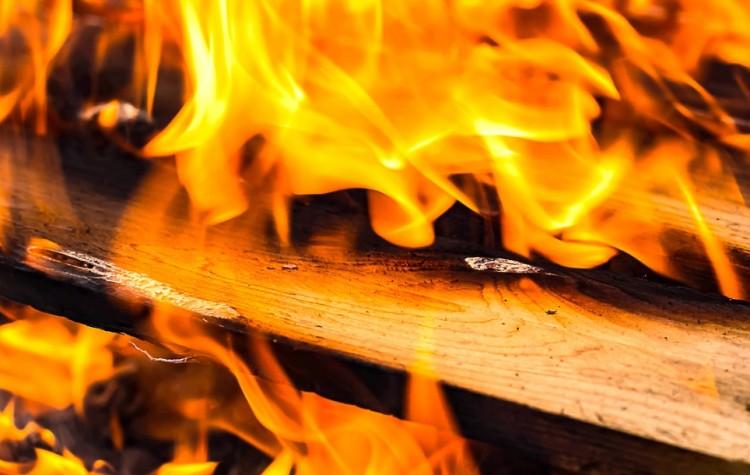 Tűz egy nyírbátori családi házban