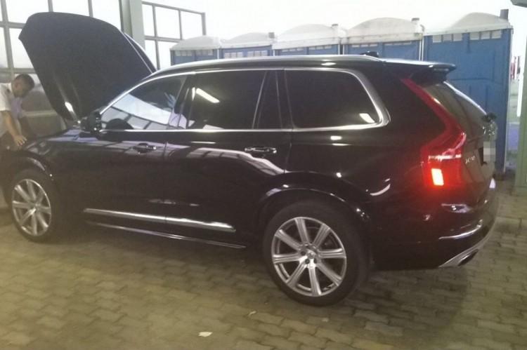 Volvo akadt fenn a horgon Csengersimán