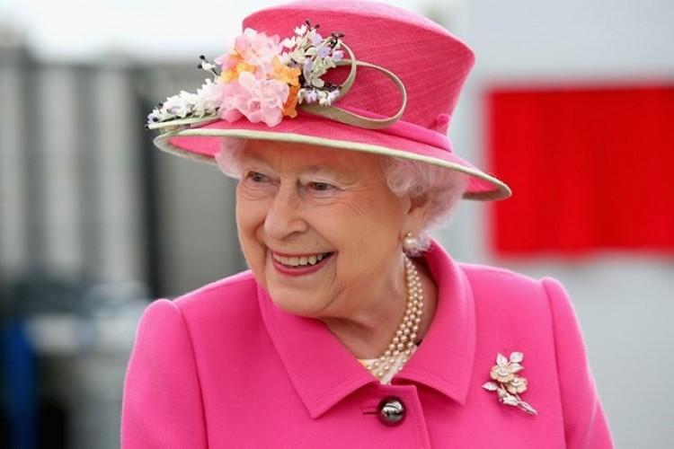 II. Erzsébet vette át Harry herceg helyét